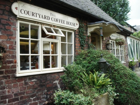 i-courtyard-cafe